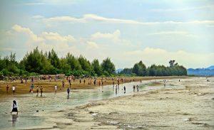 Pantai Manohara Primadonanya Pidie Jaya