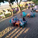 Menikmati Sensasi Petang di Pantai Kiran Pijay